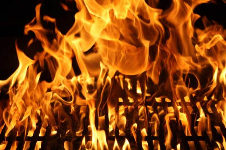 bbq-grill-fire